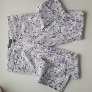 Grey purple floral pants 9 stretchy jean